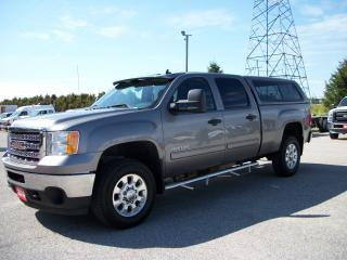 Used 2014 GMC Sierra 2500 SLE CREW CAB 4x4 for sale in Stratford, ON