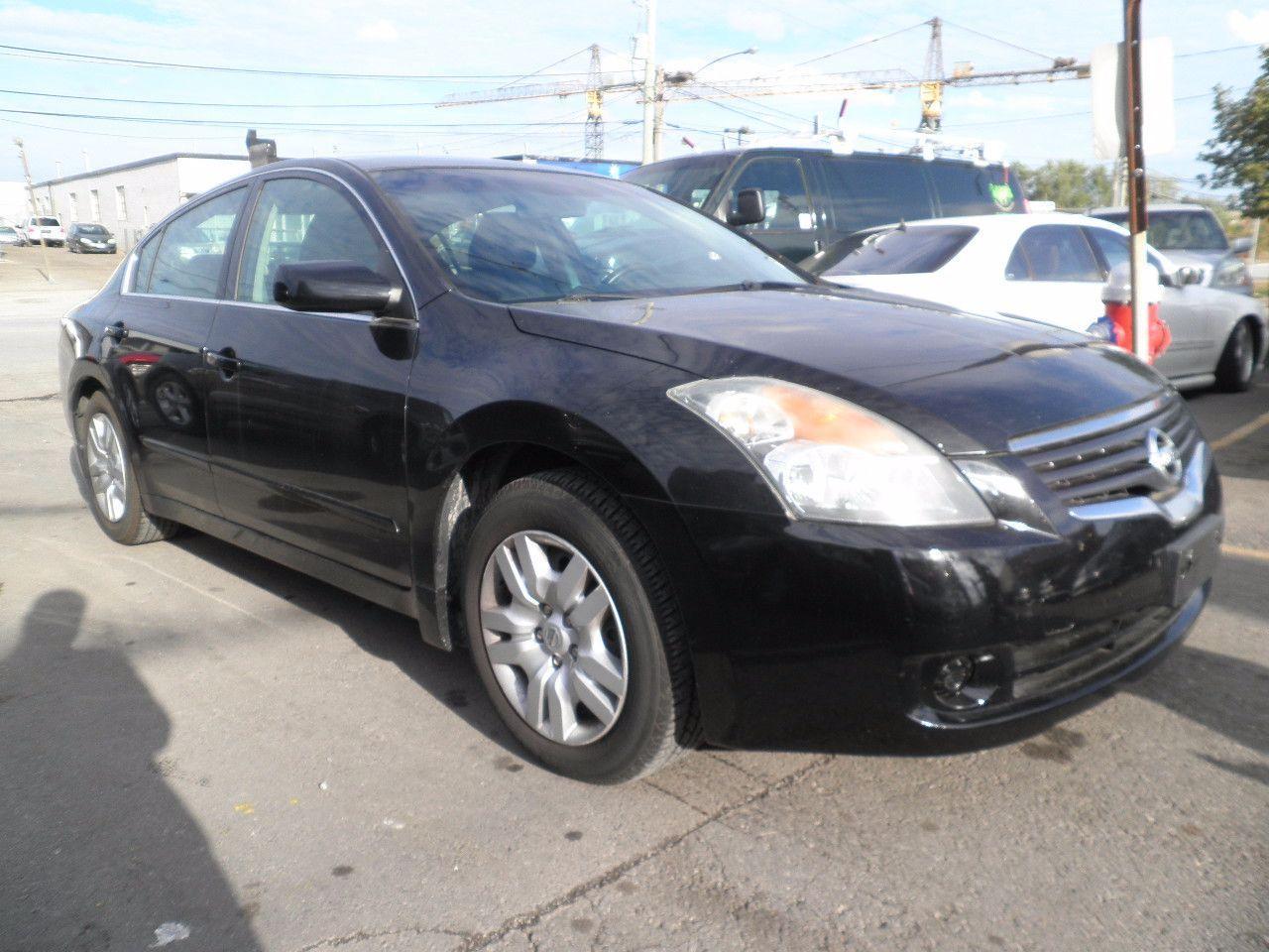 Photo of Black 2009 Nissan Altima