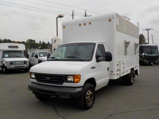 Used 2006 Ford Econoline E-450 Cube Van Utility Van 14 Foot Box for sale in Burnaby, BC