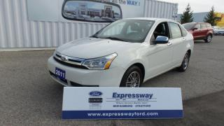 Used 2011 Ford Focus SE for sale in Stratford, ON