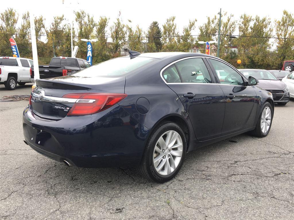 used 2016 buick regal intuitive all wheel drive navigation bluetooth for sale in vancouver. Black Bedroom Furniture Sets. Home Design Ideas