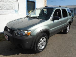 Used 2005 Ford Escape for sale in Brantford, ON