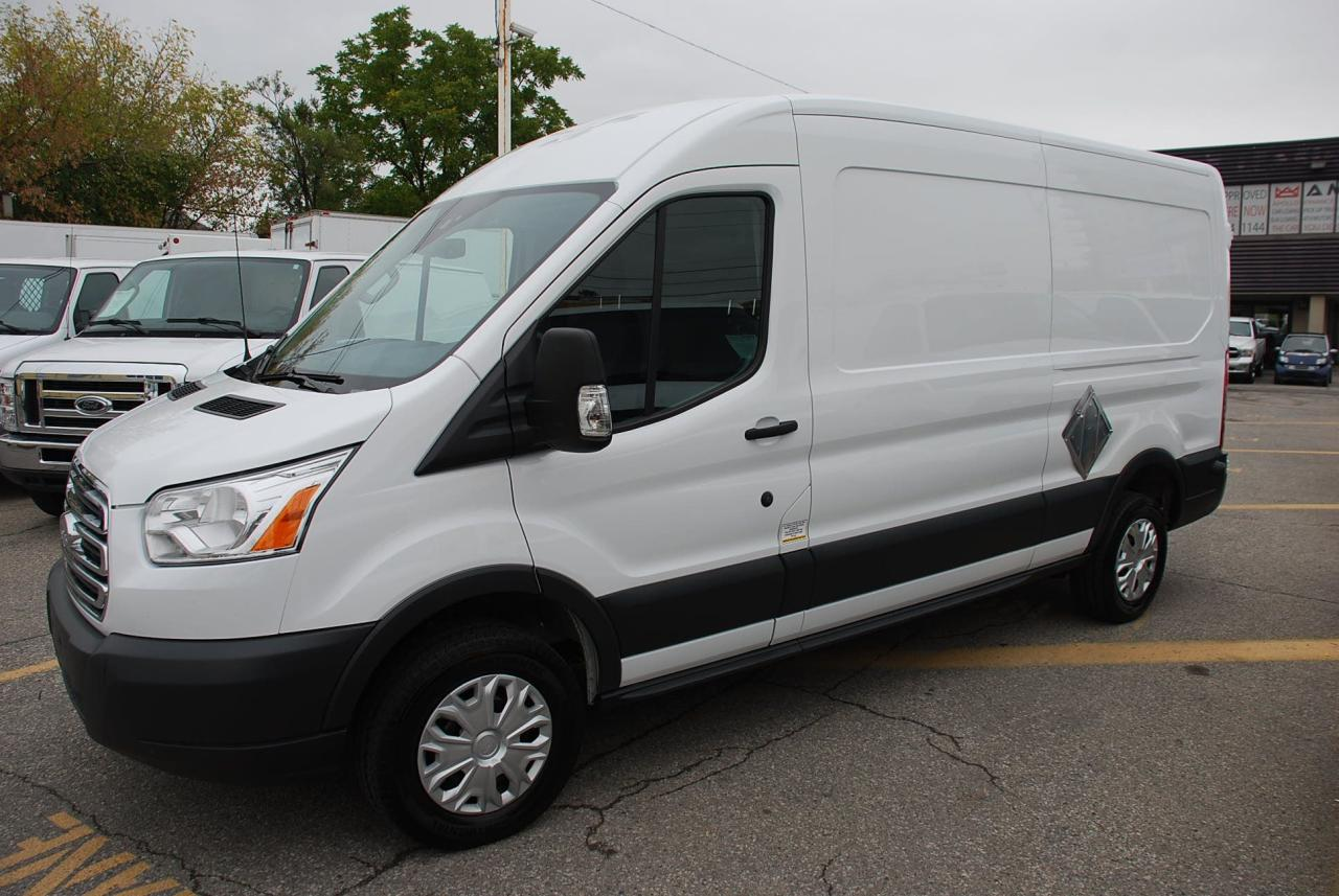 used 2016 ford transit 250 mid roof 3 4 ton loaded back camera for sale in woodbridge ontario. Black Bedroom Furniture Sets. Home Design Ideas