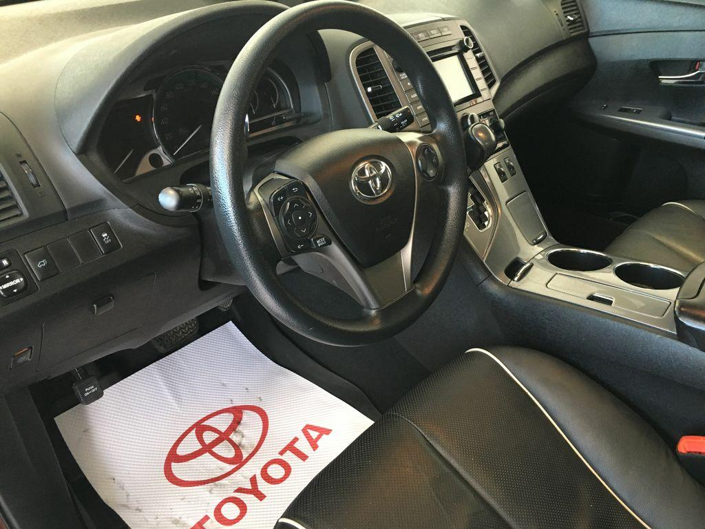 venza toyota is story money tastefully crossover updated cars