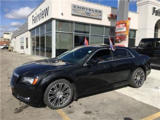 Used 2014 Chrysler 300 S..Navi/Pan Roof/Leather for sale in Burlington, ON