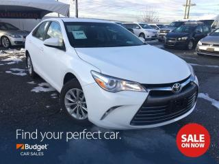 Used 2017 Toyota Camry Reliable, Super Low Kms, Bluetooth for sale in Vancouver, BC