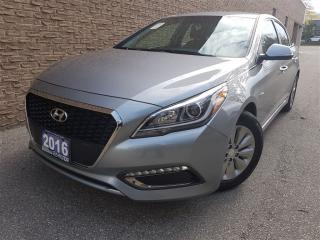 Used 2016 Hyundai Sonata Hybrid Push start-Rear camera-Prisitine for sale in Mississauga, ON