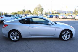 Used 2011 Hyundai Genesis Coupe Premium/leather/roof/certified for sale in Oakville, ON