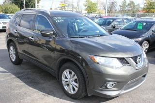 Used 2014 Nissan Rogue SV AWD Panorama Roof for sale in Brampton, ON