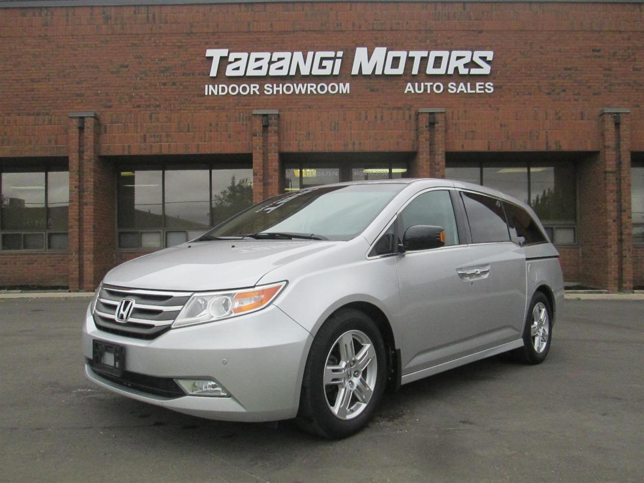 Photo of Silver 2012 Honda Odyssey