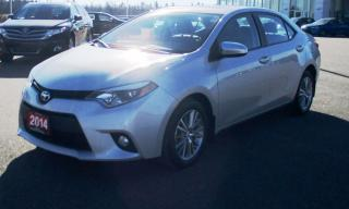 Used 2014 Toyota Corolla LE for sale in Renfrew, ON