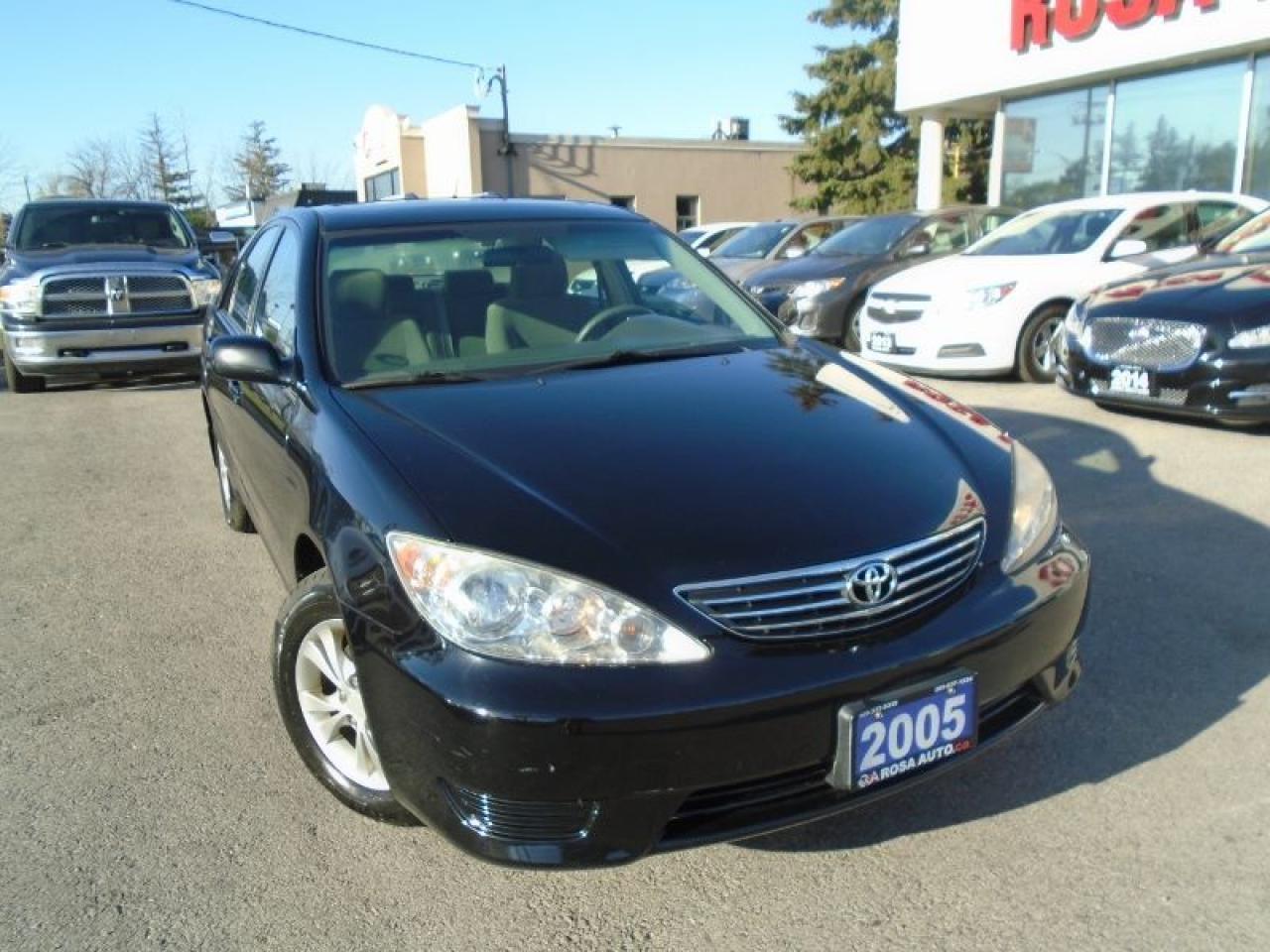 Photo of Black 2005 Toyota Camry