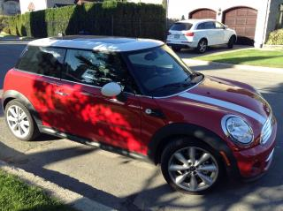 Used 2013 MINI Cooper Black for sale in Laval, QC