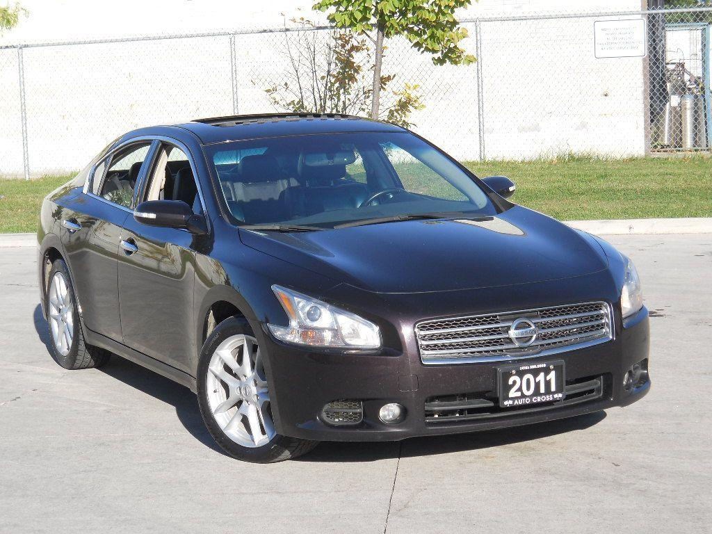 used 2011 nissan maxima 4 door automatic leather sunroof 3 y warranty a for sale in north. Black Bedroom Furniture Sets. Home Design Ideas