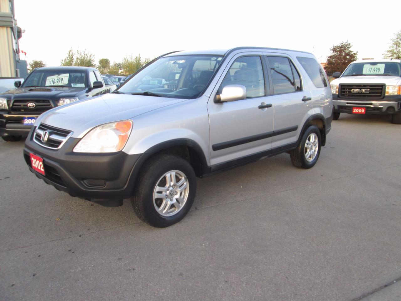 Photo of Silver 2002 Honda CR-V