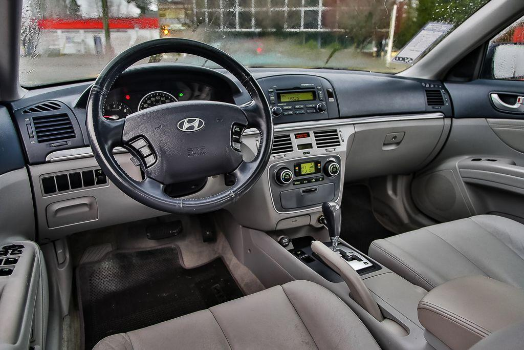 used 2007 hyundai sonata gls leather sunroof local low km 39 s clean for sale in surrey. Black Bedroom Furniture Sets. Home Design Ideas