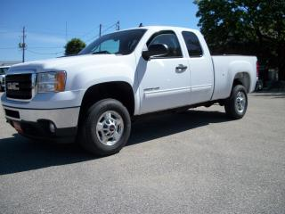 Used 2011 GMC Sierra 2500 Ext. Cab Short Box LEATHER for sale in Stratford, ON