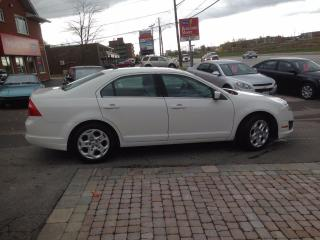 Used 2010 Ford Fusion SE Very Clean and has Back up sensor for sale in Bradford, ON