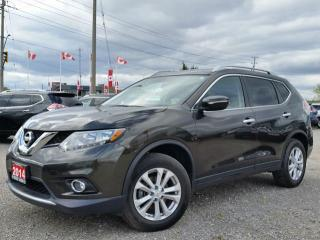 Used 2014 Nissan Rogue SV AWD w/heated seats,panoramic roof,rear cam,sat radio for sale in Cambridge, ON