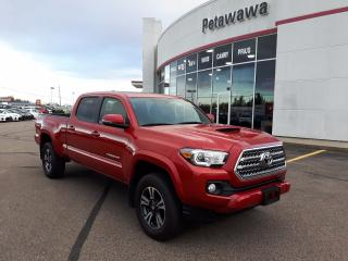 Used 2016 Toyota Tacoma SR5 TRD SPORT with UPGRADE PACKAGE for sale in Ottawa, ON