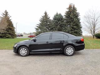 Used 2011 Volkswagen Jetta Trendline for sale in Thornton, ON