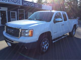 Used 2011 GMC Sierra 1500 SLT Extended Cab for sale in Parksville, BC