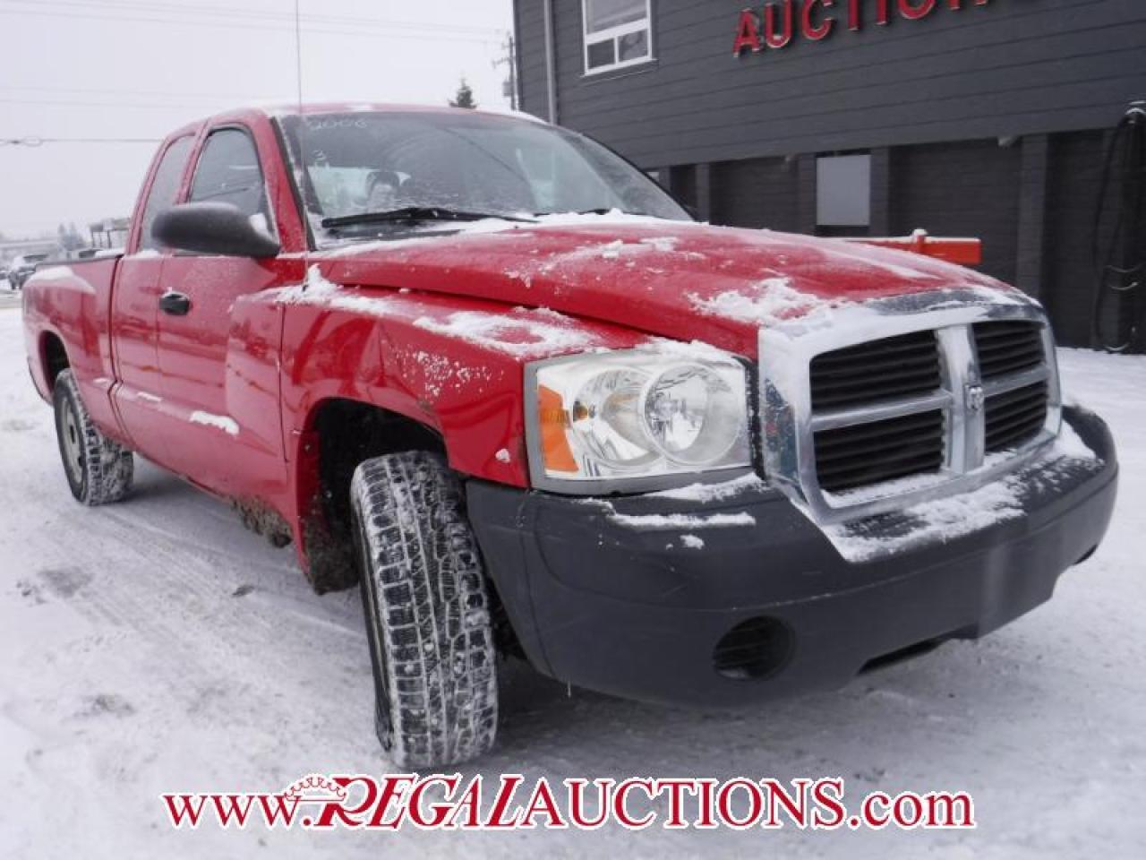 Photo of Red 2006 Dodge DAKOTA  CLUB CAB 4WD