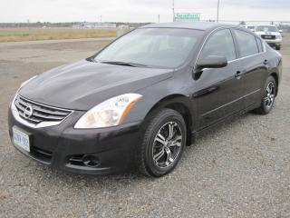 Used 2012 Nissan Altima 2.5 S for sale in Thunder Bay, ON