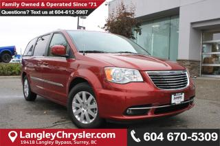 Used 2016 Chrysler Town & Country Touring *ACCIDENT FREE*ONE OWNER*LOCAL BC VAN* for sale in Surrey, BC