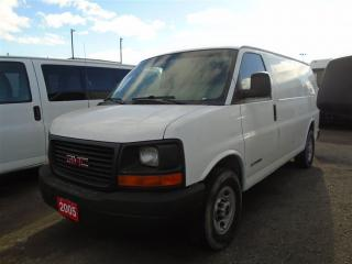 Used 2005 GMC Savana Standard for sale in Mississauga, ON