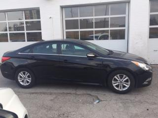 Used 2014 Hyundai Sonata GL for sale in Brampton, ON