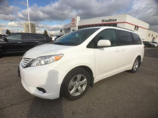 Used 2017 Toyota Sienna 8 Pass. LE for sale in Etobicoke, ON