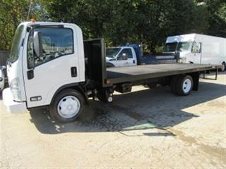 Used 2013 Isuzu NRR Diesel with 20 ft flat deck for sale in Richmond Hill, ON