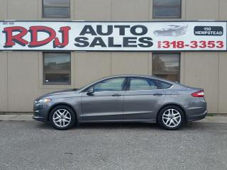 Used 2013 Ford Fusion SE 1 OWNER ACCIDENT FREE for sale in Hamilton, ON