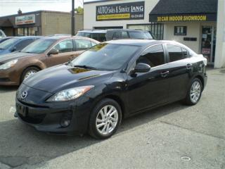 Used 2012 Mazda MAZDA3 GS-SKY! LEATHER! MOONROOF! LOADED! for sale in Etobicoke, ON