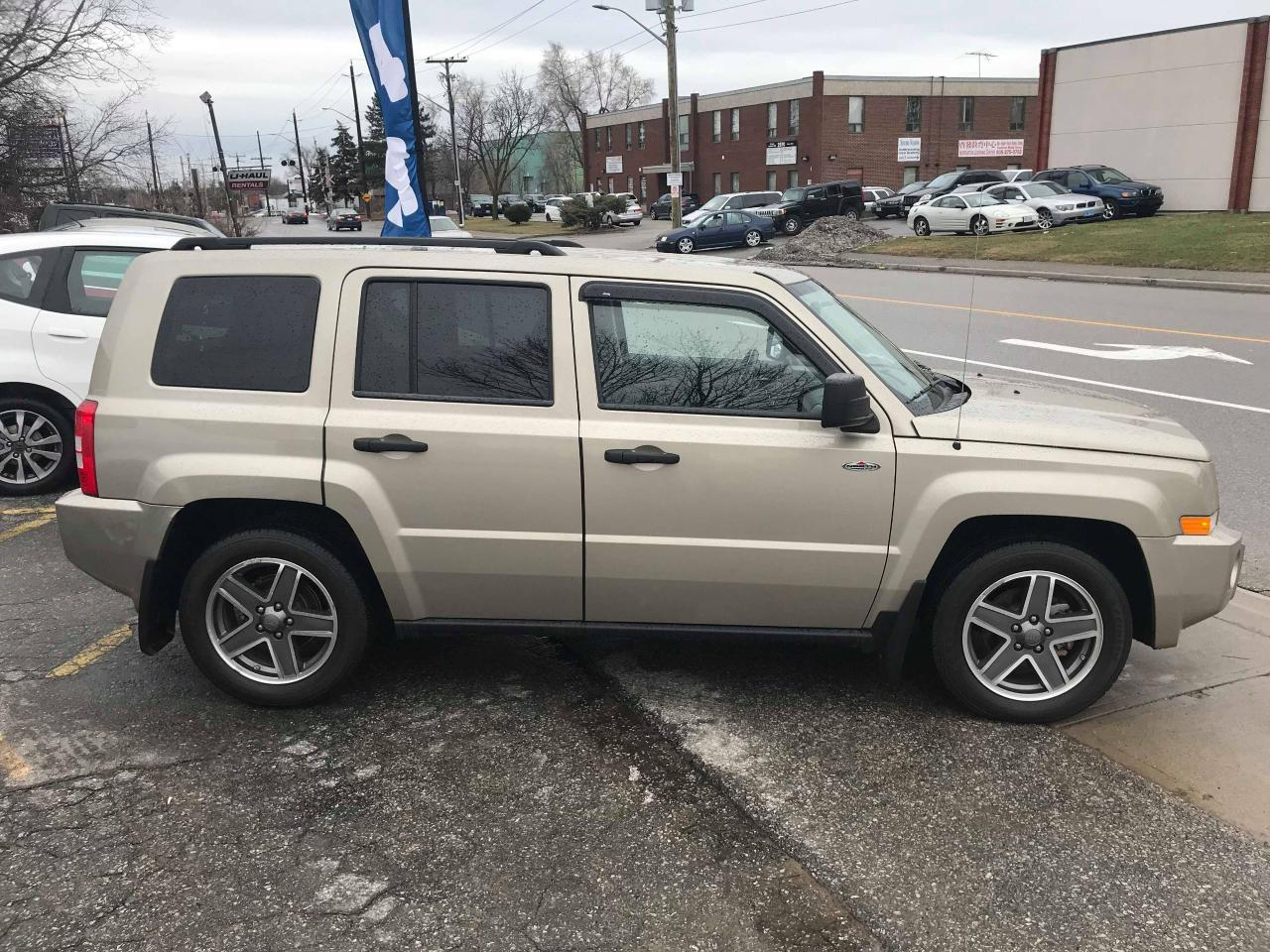used 2009 jeep patriot north 4x4 only 52k one owner no accidents for sale in mississauga. Black Bedroom Furniture Sets. Home Design Ideas