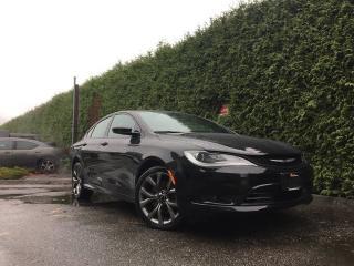Used 2015 Chrysler 200 S + HEATED FT SEATS + NAV + BACK-UP CAMERA + SUNROOF + 19