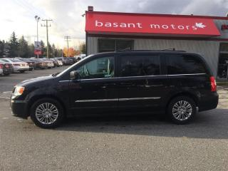 Used 2016 Chrysler Town & Country Leather, Heated Seats, Stow N Go, Power Doors!! for sale in Surrey, BC