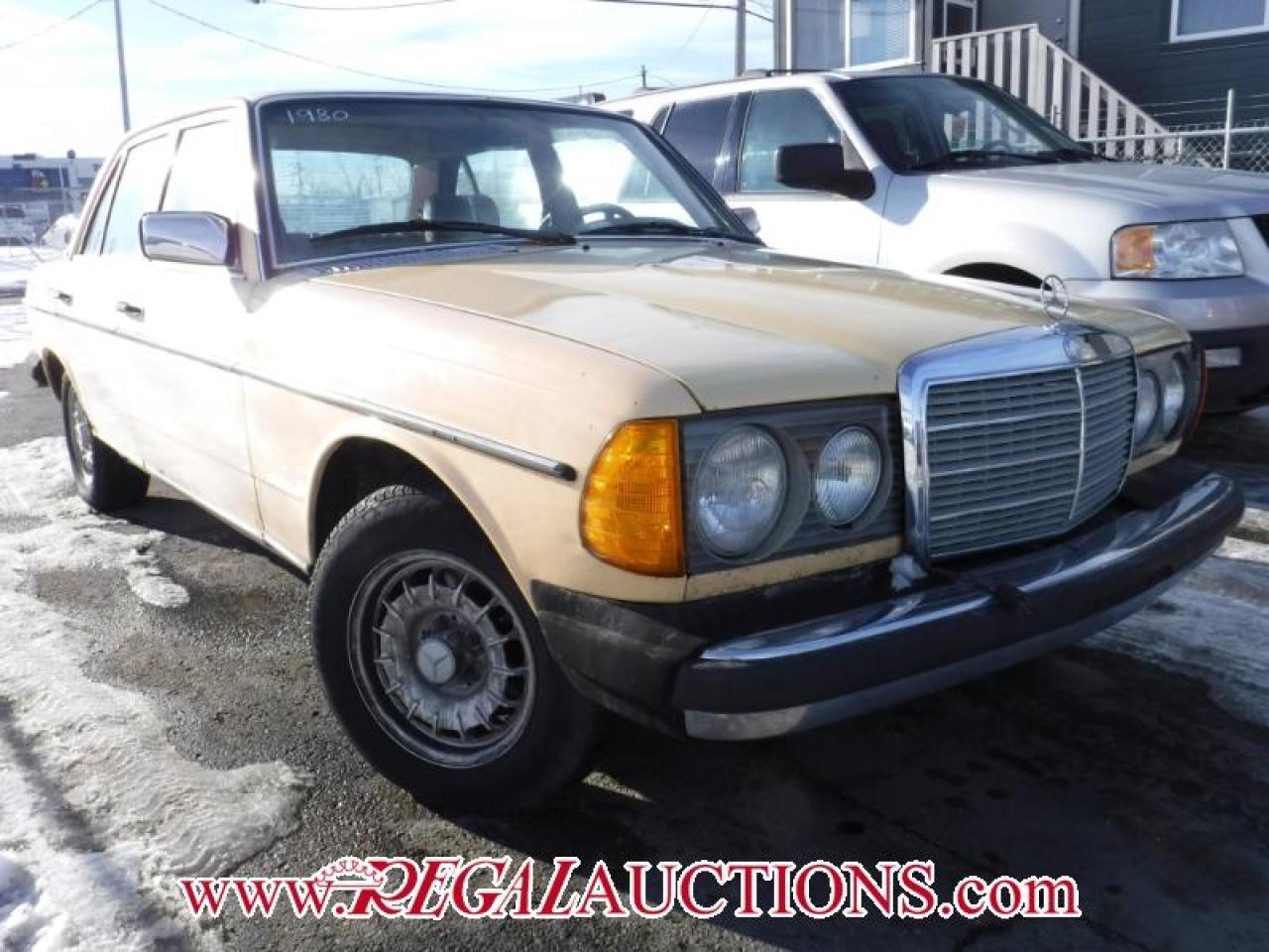 Photo of Cream 1980 Mercedes-Benz 300D