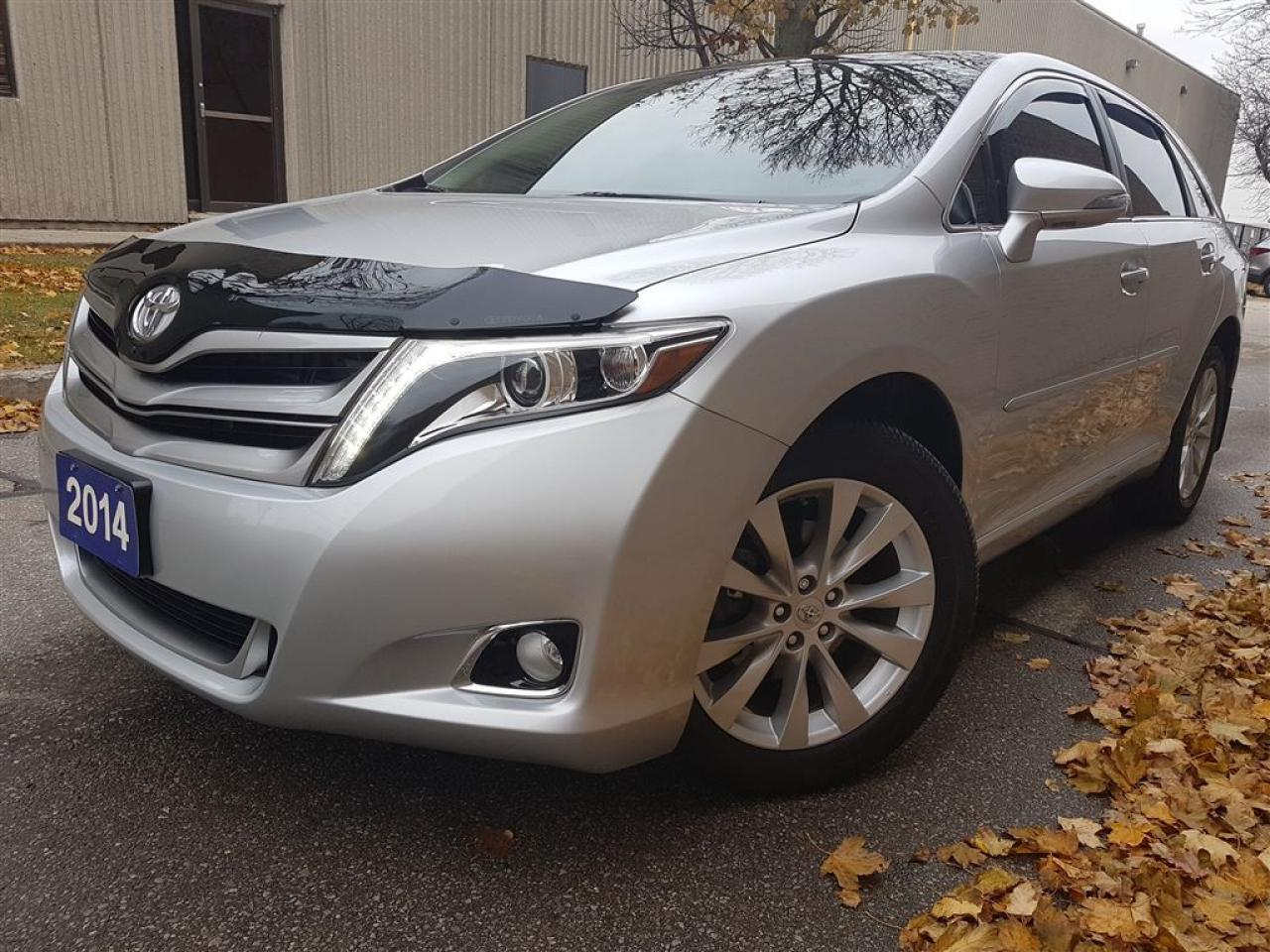 Photo of Silver 2014 Toyota Venza