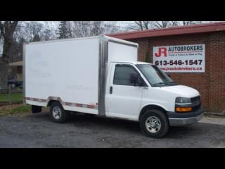 Used 2009 Chevrolet Express 3500 SRW 12' Cube Van 6.0L V8 for sale in Elginburg, ON