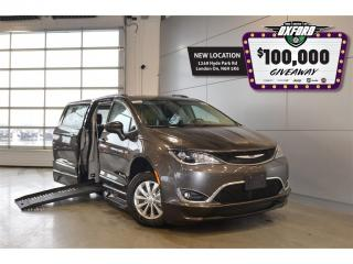 Used 2017 Chrysler Pacifica Touring L - Mobility, Side Entry, Power Fold Up Ra for sale in London, ON
