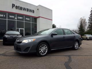 Used 2013 Toyota Camry LE Value Package with Bluetooth for sale in Ottawa, ON