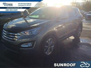 Used 2014 Hyundai Santa Fe Sport 2.0T Limited  Leather, Navigation, Panoramic Sunroof for sale in Courtenay, BC
