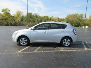 Used 2009 Pontiac Vibe FWD for sale in Cayuga, ON