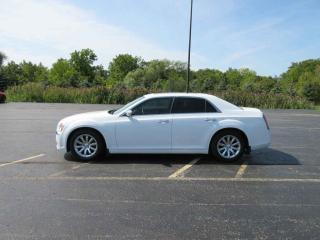 Used 2012 Chrysler 300 LIMITED RWD for sale in Cayuga, ON