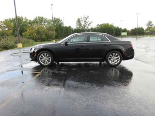 Used 2017 Chrysler 300 LIMITED AWD for sale in Cayuga, ON