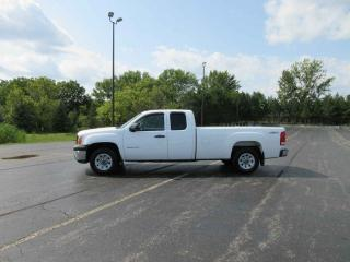 Used 2013 GMC SIERRA WT EXT CAB 4X4 for sale in Cayuga, ON