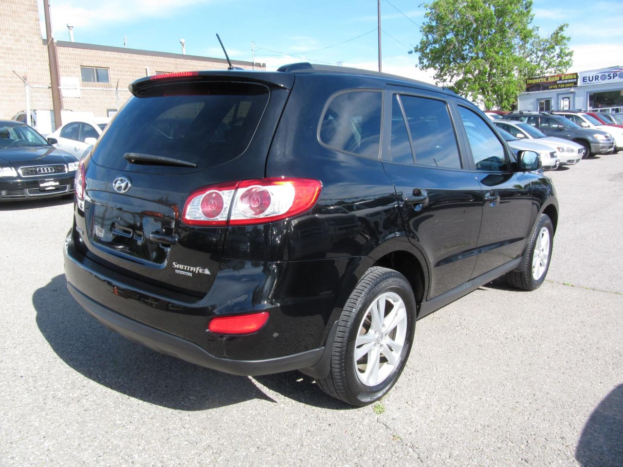 used 2010 hyundai santa fe gl w sport leather seats for sale in newmarket ontario. Black Bedroom Furniture Sets. Home Design Ideas