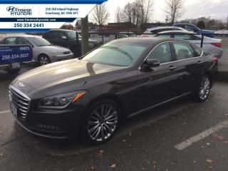 Used 2015 Hyundai Genesis Sedan 5.0 Ultimate  Heads up Display, Adaptive Cruise Control for sale in Courtenay, BC